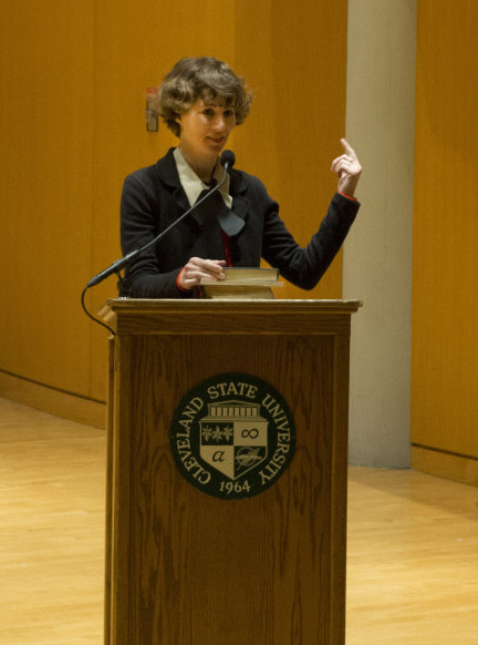Miranda July looking uncharacteristically presidential during her reading on Nov 19, 2013 at Cleveland State University